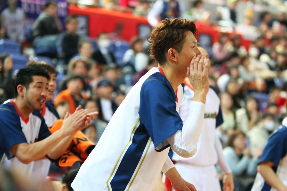 大阪エヴェッサ横浜ビー・コルセアーズサンエイワーク住吉スポーツセンター