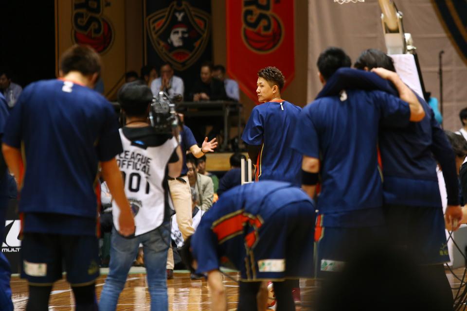横浜ビー・コルセアーズ三遠ネオフェニックス横浜文化体育館
