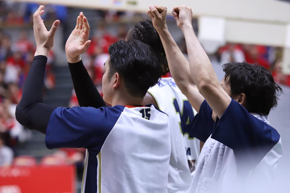 富山グラウジーズ横浜ビー・コルセアーズ富山市総合体育館